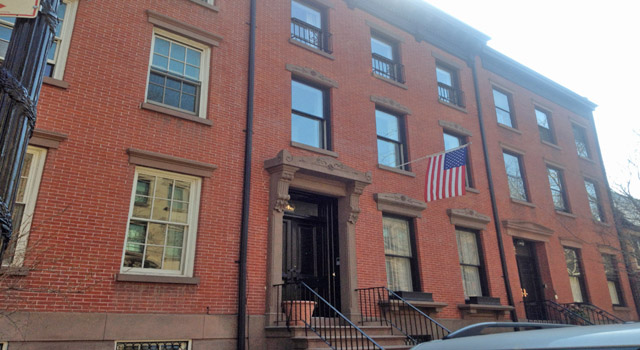 historic townhouse in brooklyn heights